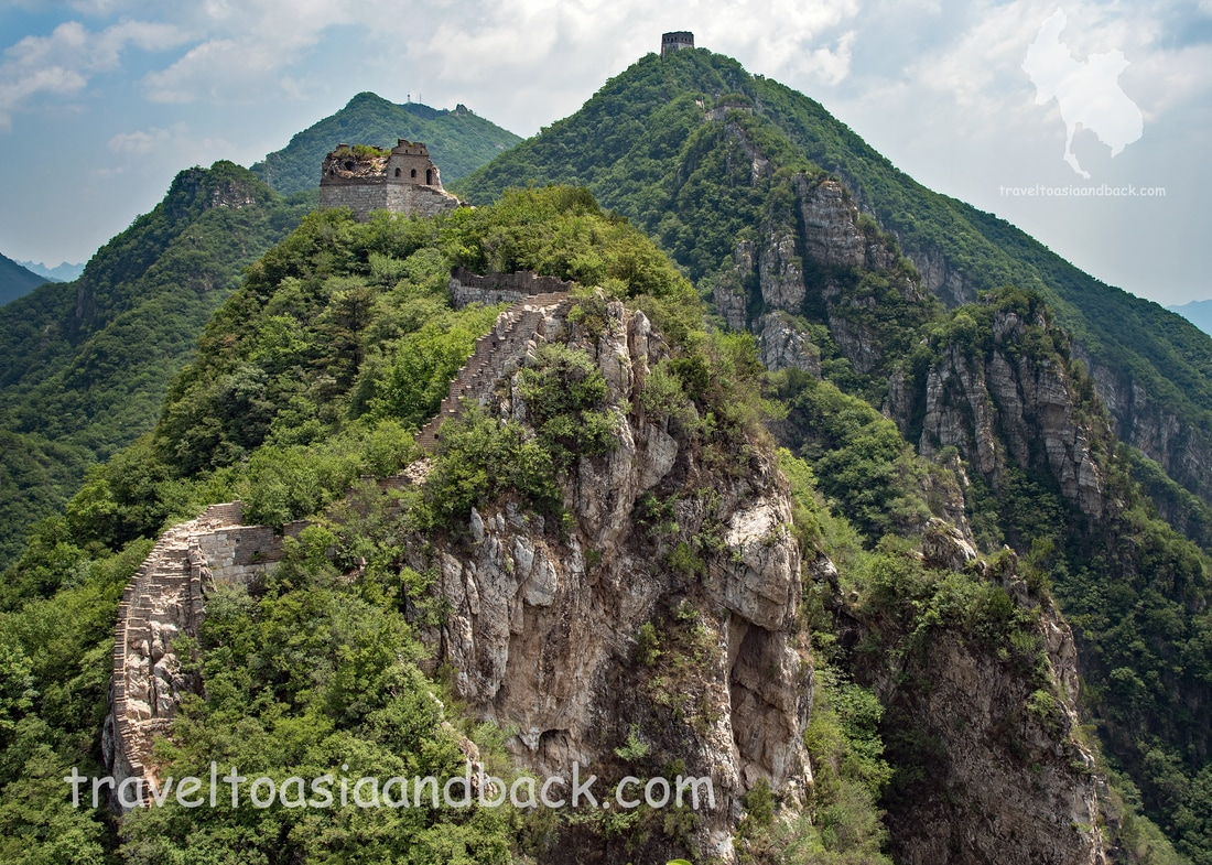 traveltoasiaandback.com - This section, between Jiankou Spot and Zhengbeilou is particularly dangerous and should be avoided. Jiankou, Great Wall of China