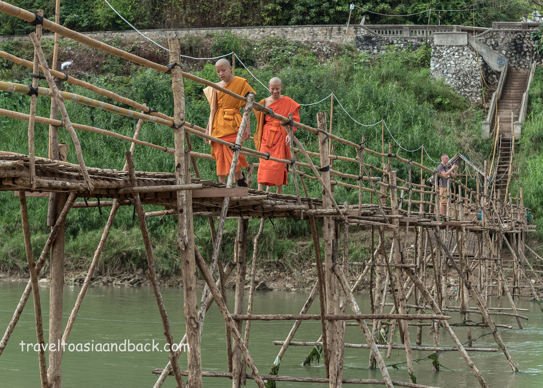 traveltoasiaandback.com - The Bamboo bridge, Luang Prabang, Laos
